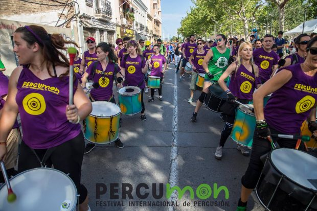 desfile percumon